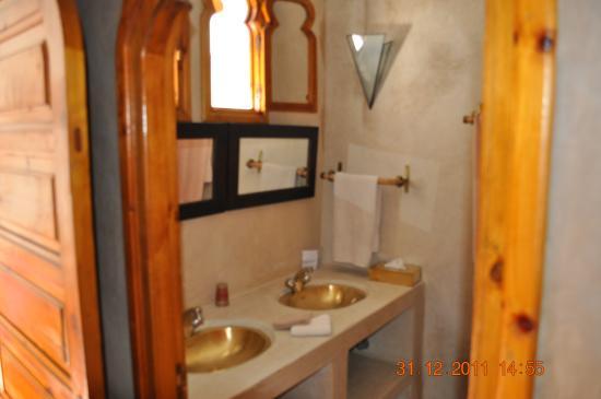 Riad La Fontaine des Anges : Salle d'eau