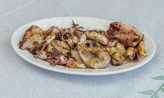 The Three Brothers: Fresh calamari on the grill