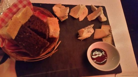 l\u0027Ouest Bread and cheese plate & Bread and cheese plate - Picture of l\u0027Ouest Rotterdam - TripAdvisor