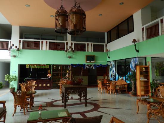 Koh Tao Montra Resort & Spa: Foyer