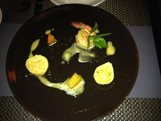 Mie Cafe : Prawn Ravioli potato carrot