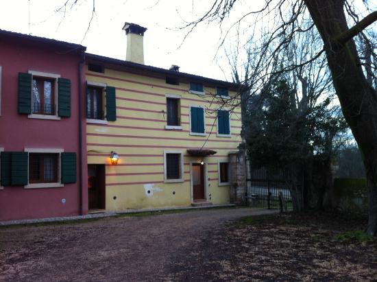 Resort Corte Pellegrini: Agriturismo Corte Pellegrini