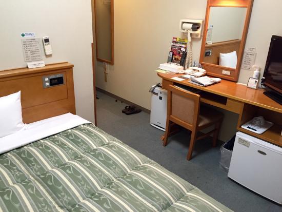 Hotel Route Inn Odate: 狭い室内