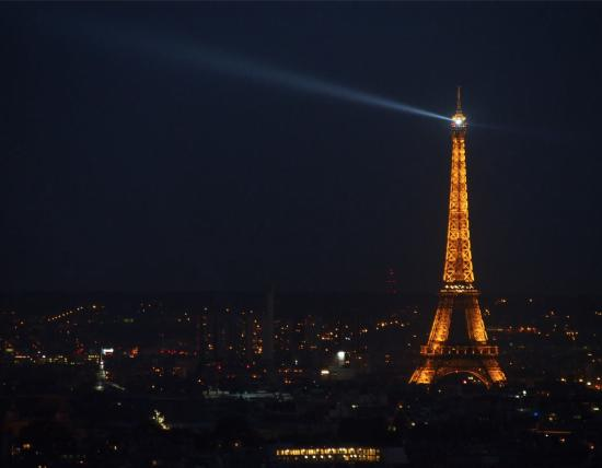 Une Chambre a Montmartre: yes, this is the view