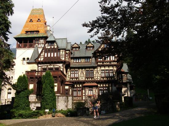 Синая, Румыния: Pelisor castle