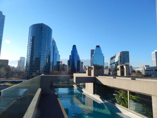 Hotel Los Espanoles Plus: vista da cordilheira no terraço da piscina