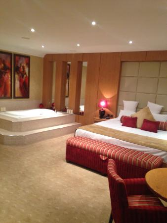An Grianan Hotel: Beautiful bridal suite