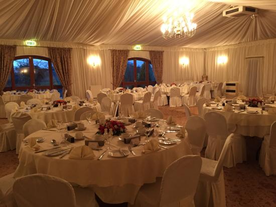 Albright Hussey Manor Hotel: Function room