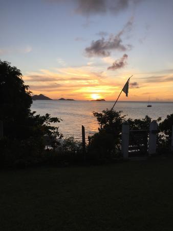 Sunset at Bogles Round House