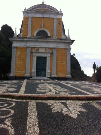 Church of San Giorgio: Igreja de San Giorgio