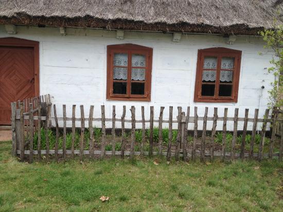 Maurzyce, Polandia: Jedna z chat w skansenie