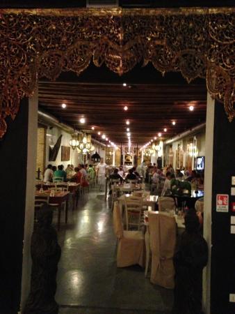 Villa Foscarini Cornaro: Pizzeria Birmana