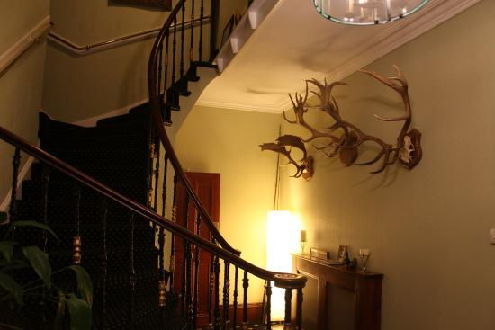 Blackaddie Country House Hotel: Hotel entrance hall