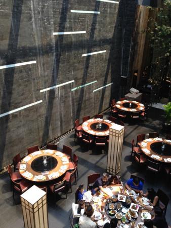 Penang Bistro - Kebon Sirih : Ruang makan di lantai dasar