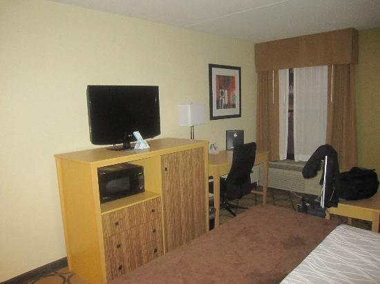 Best Western Plus Mesa: king room amenities