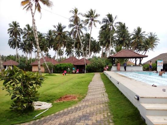 Saffron Beach Hotel Wadduwa Photos