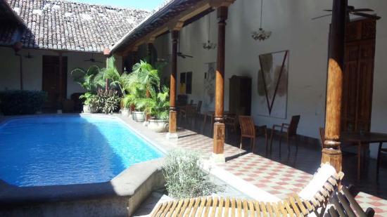 Hotel La Bocona: Pool and Pool Table Area