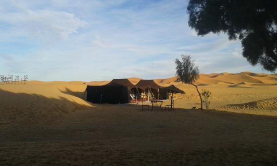 Sahara Desert Trips u0026 Morocco Travels Nomad Tents Morocco Desert Tour - Auberge Du Sud & Nomad Tents Morocco Desert Tour - Auberge Du Sud - Erg Chebbi ...