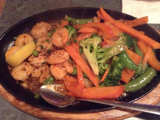 7 Seas Seafood & Grill Restaurant : Hot and Spicy Garlic Shrimp