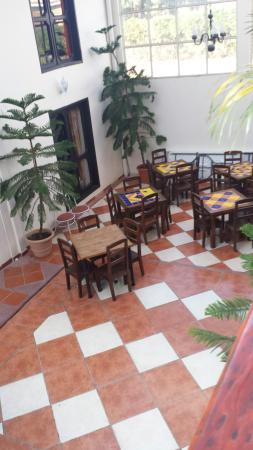 Hotel Jardines del Carmen: They have tables but the dont have a restaurant