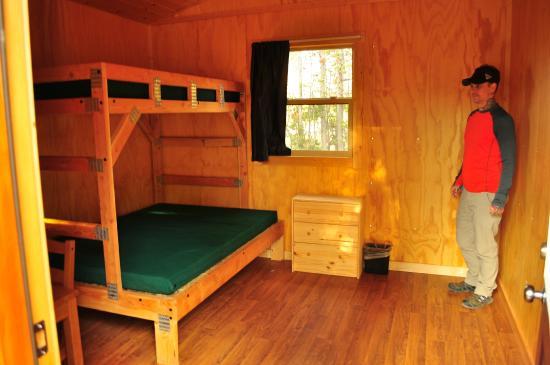 Attirant Headwaters Lodge U0026 Cabins At Flagg Ranch: Inside Cabin.