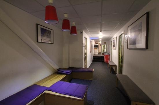 Interhostel: hallway
