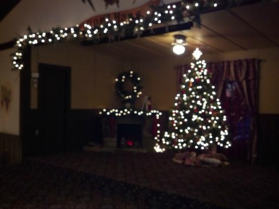 Dorf Haus Roxbury / Sauk - Christmas