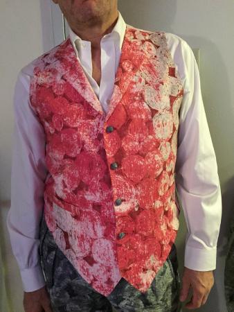 Ravis Tailor: pink waistcoat