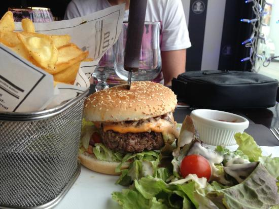 Burger Picture of Au Bureau NoisyleGrand TripAdvisor