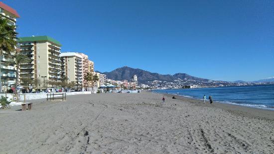Hotel Las Pirámides: Beach view