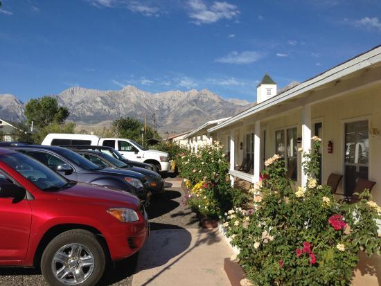Independence Inn Motel: front side