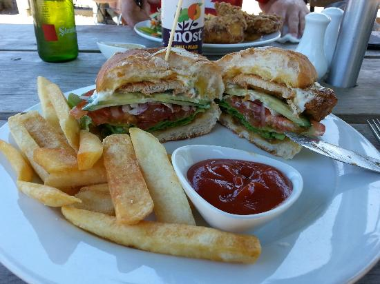 Stables Cafe & Bar: Delicious filling