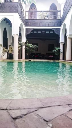 Riad Opale: the lobby and dining area