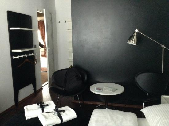 Chmielna Guest House: habitacion