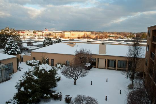 Courtyard Fishkill: View from Room 432