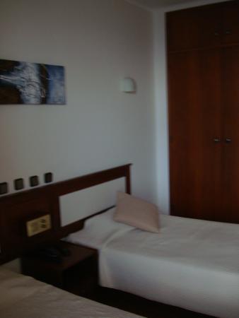 Hotel Residencial Salema: Room