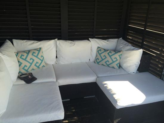Labadee: Wrap Around Sofa In Cabana