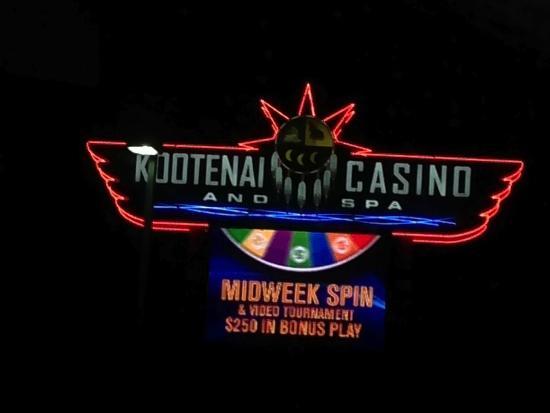 BEST WESTERN Plus Kootenai River Inn Casino & Spa: How to spot the Casino/Inn