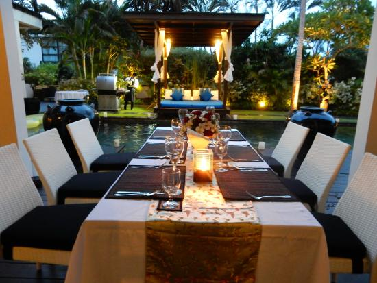 Temple Hill Residence Villa: New Years eve dinner being set up at the private pool