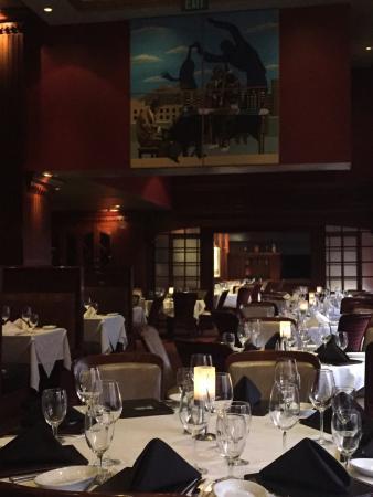 Ruth's Chris Steak House: Tables
