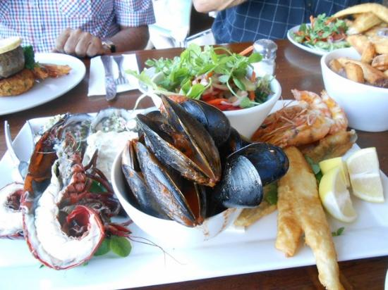 The Flying Fish Cafe: Seafood platter