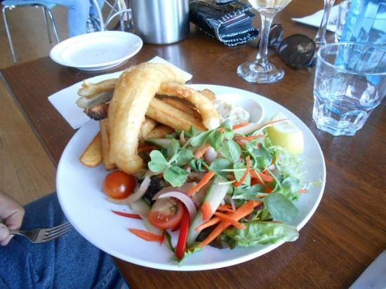 The Flying Fish Cafe: Battered whiting