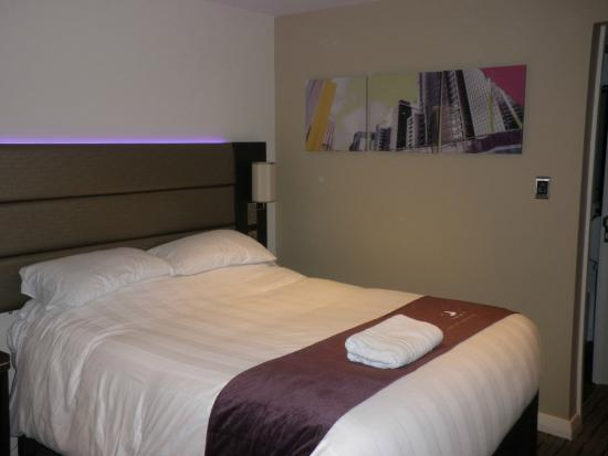 Premier Inn Ashington Hotel : The new decor with dark wood furniture