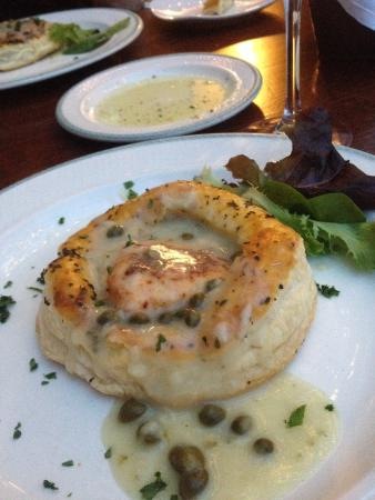 Stella Notte: Salmon in a pastry puff