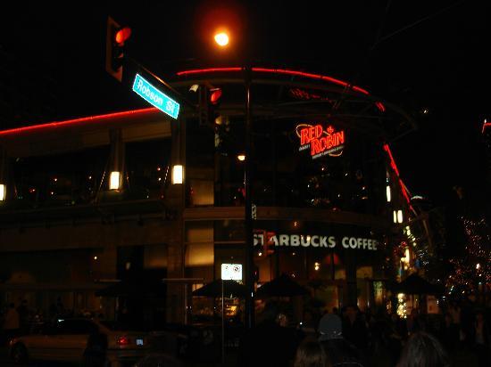 Red Robin Gourmet Burgers : lado de fora