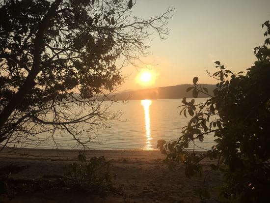 Tranquillity Island Resort & Dive Base: Sunrise