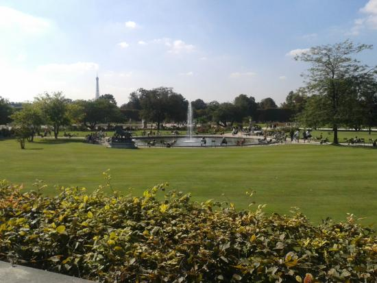 Parque de diversiones - Bild von Jardin des Tuileries, Paris ...