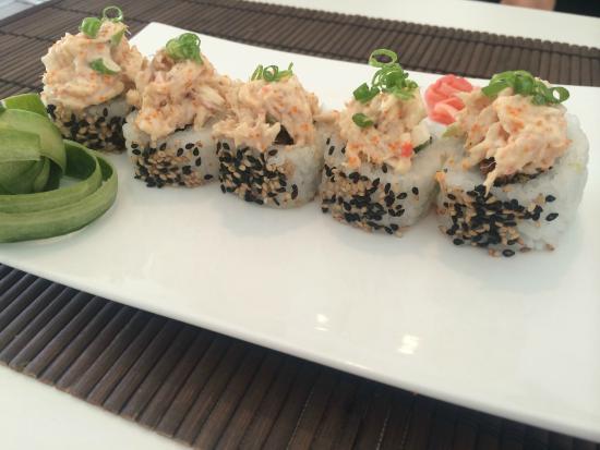Rolling Sushi: Rock - N - Roll