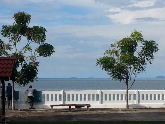 Stella Maris Retreat Centre Looking Out Towards The Sea
