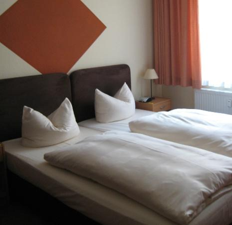 Aparthotels Muenzgasse: camera matrimoniale